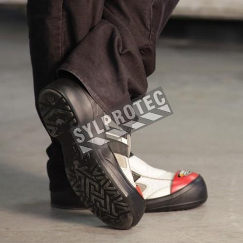 Couvre-chaussures TurboToe en PVC avec embouts d'acier, taille large (L), conformes CSA Z195-09.