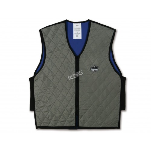 Evaporative cooling gray vest that gives you freshness and comfort for hours.