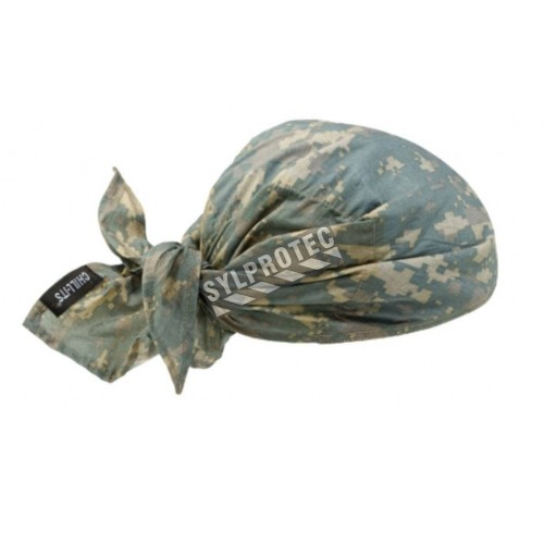 Cool triangle hat made with PVA to avoid heatstroke.