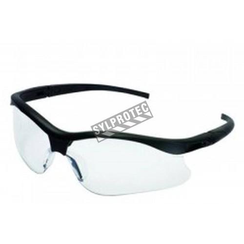 Lunette de sécurité Nemesis pour protection oculaire de Jackson Safety. Verre de polycarbonate transparent & revêtement antibuée