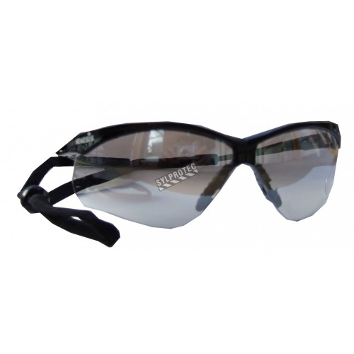 Jackson Safety Nemesis protective eyewear with anti-fog treated in/outdoor polycarbonate lenses ideal for in/outside work.