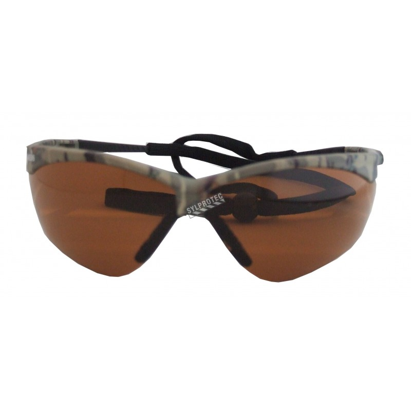 Lunette de sécurité Nemesis pour protection oculaire de Jackson Safety. Lentille bronze antibuée pour de meilleurs contrastes