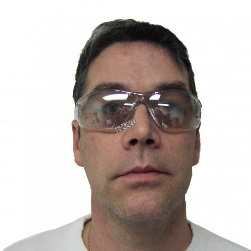 Lunette de sécurité Triton pour protection oculaire de North. Lentille pour intérieur/extérieur & revêtement antibuée 4A.