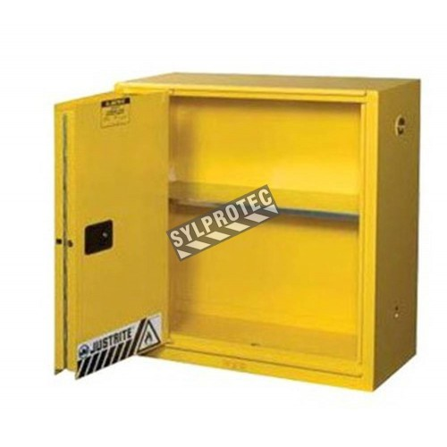 Flammable liquids storage cabinet, 30 US gallons (114 L), FM-approved.