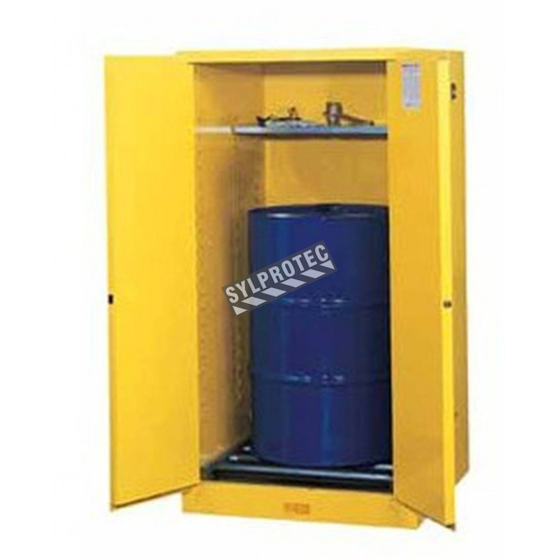 Vertical storage cabinet for drums of 55 US gallons (208 L), FM, NFPA, OSHA-approved.
