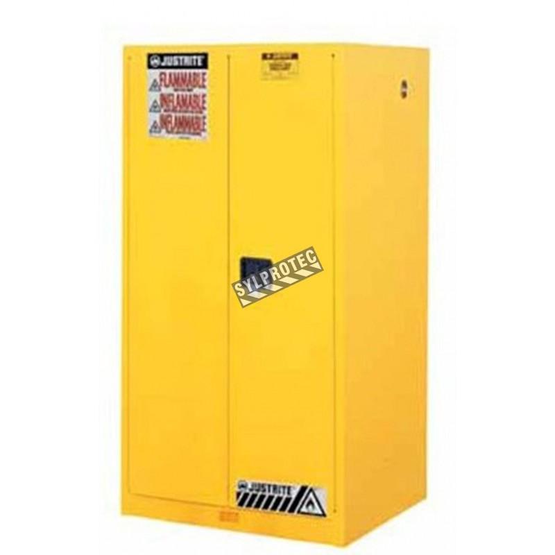 Armoire de 90 gallons (341 L) pour liquides inflammables, certifiée FM, NFPA, OSHA.