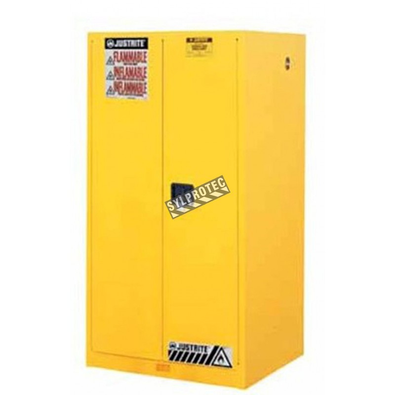 Flammable liquids storage cabinet, 90 US gallons (341 L), FM, NFPA and OSHA-approved.