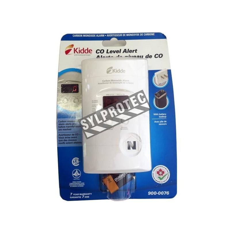 Digital CO (carbon monoxide) detector, with wall plug for 120 V AC and 9 V battery back-up.