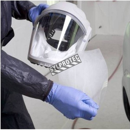 3M peel-off lens cover for scratches, chemical spills and airborne particles protection on a  RM925 visor. 40 units/case.