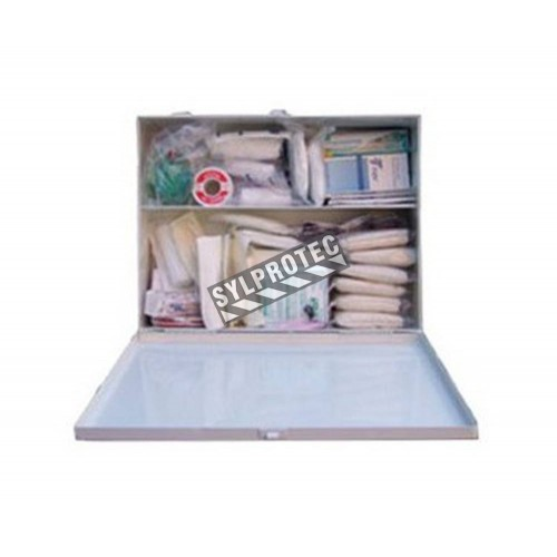 First aid kit with 30 types of items for daycare centers, compliant with Quebec regulation.