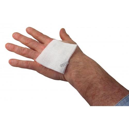 Non-sterile gauze pads, 3 x 3 in, 200/box.