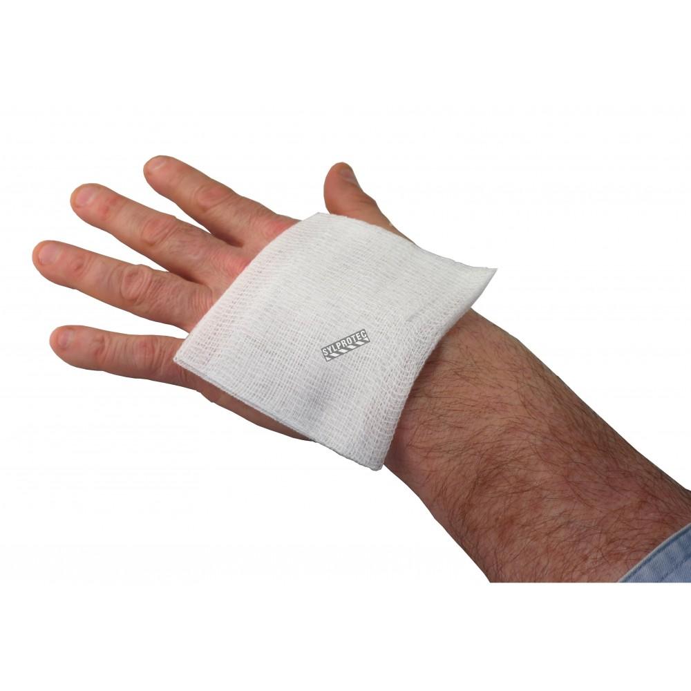 Non-sterile gauze pads, 4 x 4 in, 200/box.