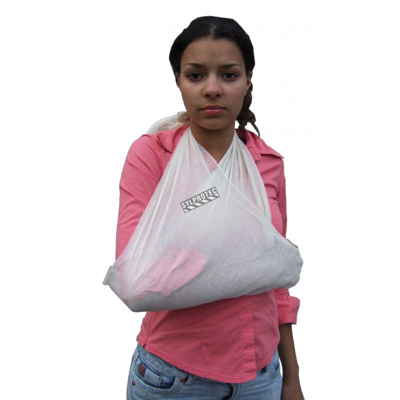 Cotton triangular bandage, 40 x 56 in, sold individually.