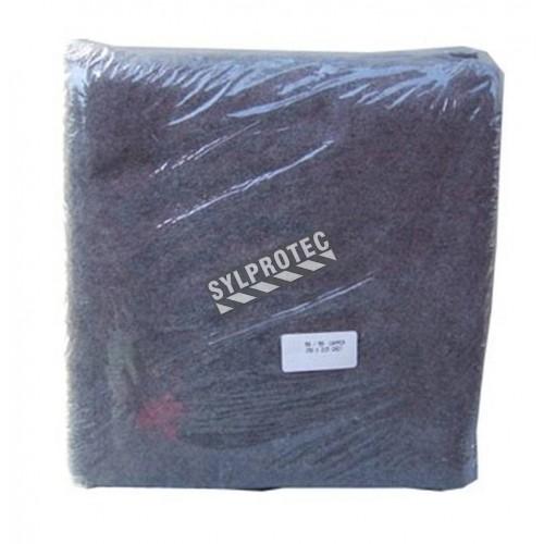 Couverture ignifuge en laine grise pour cabinet PS761, 158 x 203 cm (62 x 80 po).