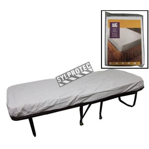 Couvre-matelas housse en vinyle blanc, pour lit d'une place.