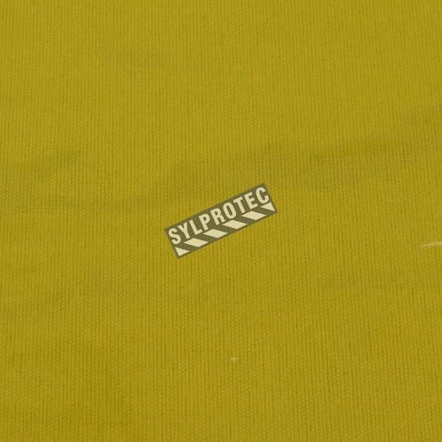 Vinyle translucide jaune, d'épaisseur 14 mils, pour poste de soudure. Vendu au pied carré.