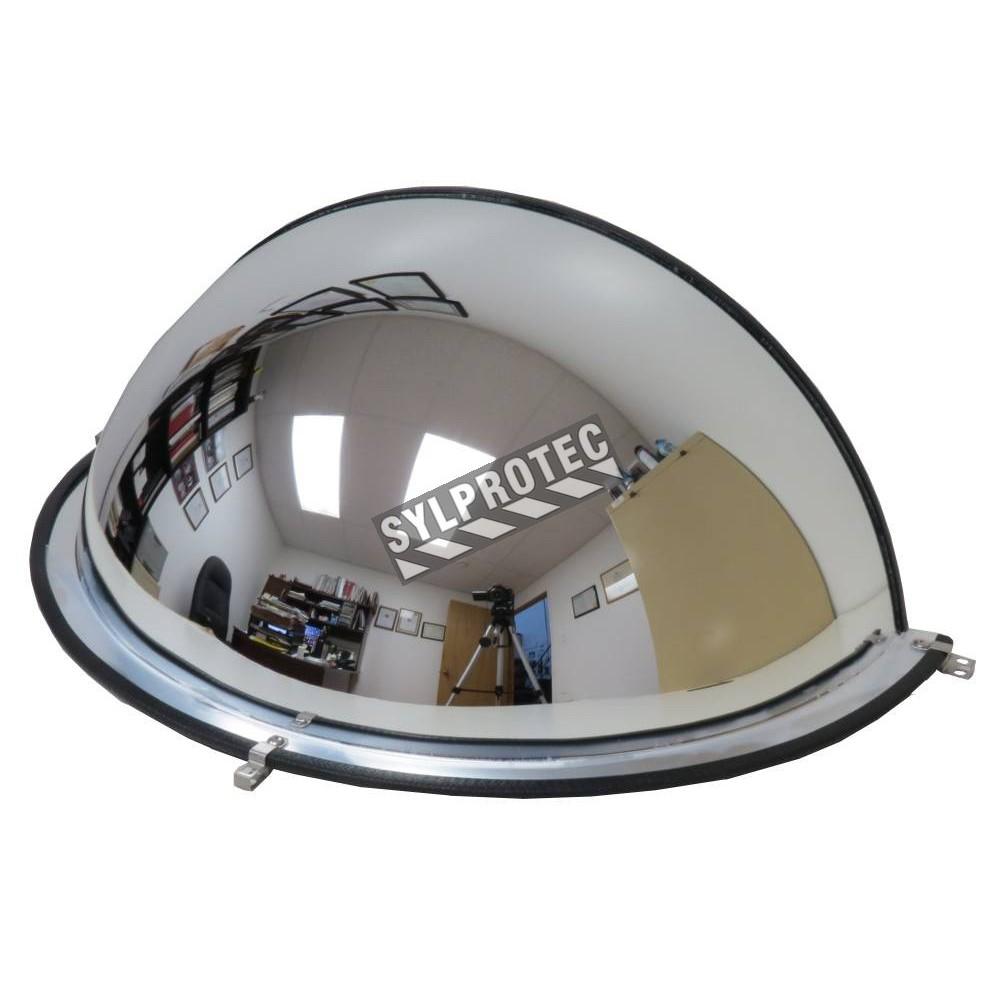 Miroir convexe en demi d me pour vue 180 dans une for Miroir convexe