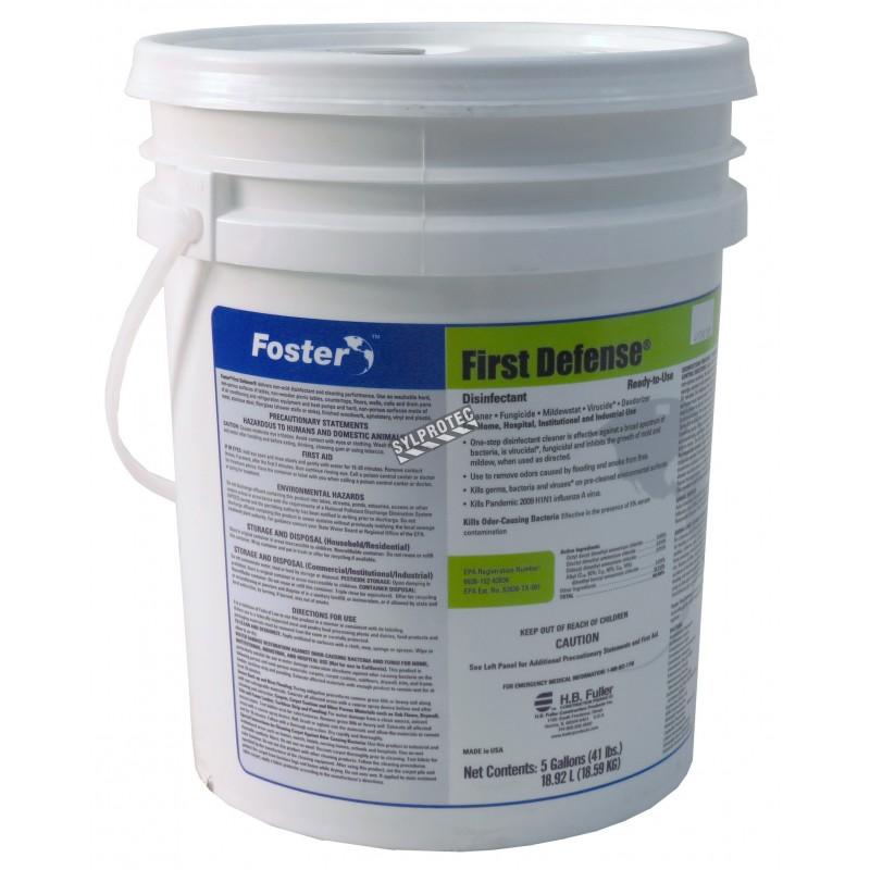 Désinfectant First Defense 40-80 avec chlorure d'ammonium quaternaire pour décontamination des moisissures. Seau de 5 gal US.
