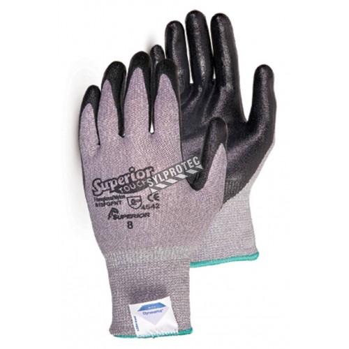 Gants anti-coupure ASTM/ANSI A5 Superior Touch® en composite Dyneema enduit de mousse de nitrile.