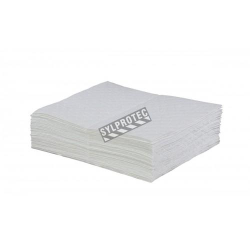 Tampons pour déversement d'huiles et hydrocarbures, 15 po X 18 po, 100 tampons/paquet.