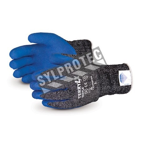 Nylon and Dyneema®  winter glove anti-cut level 4,  with latex coating