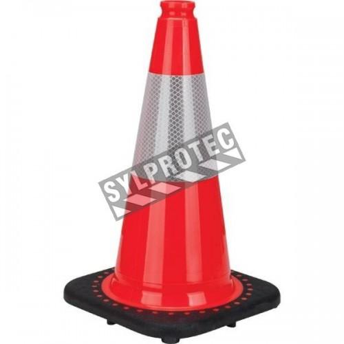 Cône de signalisation orange 18 pouces de haut, avec bande réfléchissante de 4 pouces. Pèse: 3.8 lbs, fabriquées en PVC.