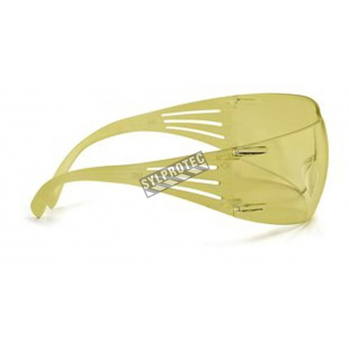 Lunette de sécurité SecureFit pour protection oculaire de 3M. Lentille ambrée antibuée pour protection de l'éclairage bleuté