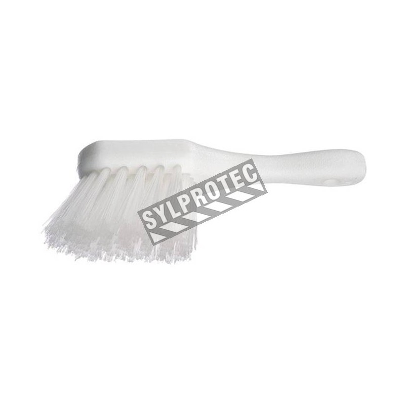 Brosse utilitaire manche 10 po. fibre de polyerster
