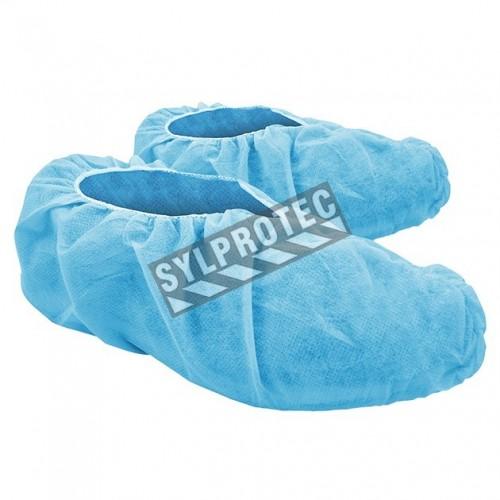 Couvre chaussure bleu en polypropylène avec antidérapant, paquet de 100 unités.