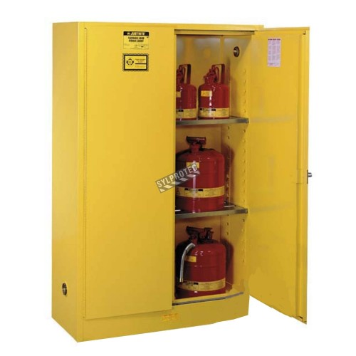Flammable liquids storage cabinet, 30 US gallons (114 L), ULC-approved.