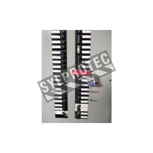 Verrou coupe-circuit pour disjoncteur longs et larges